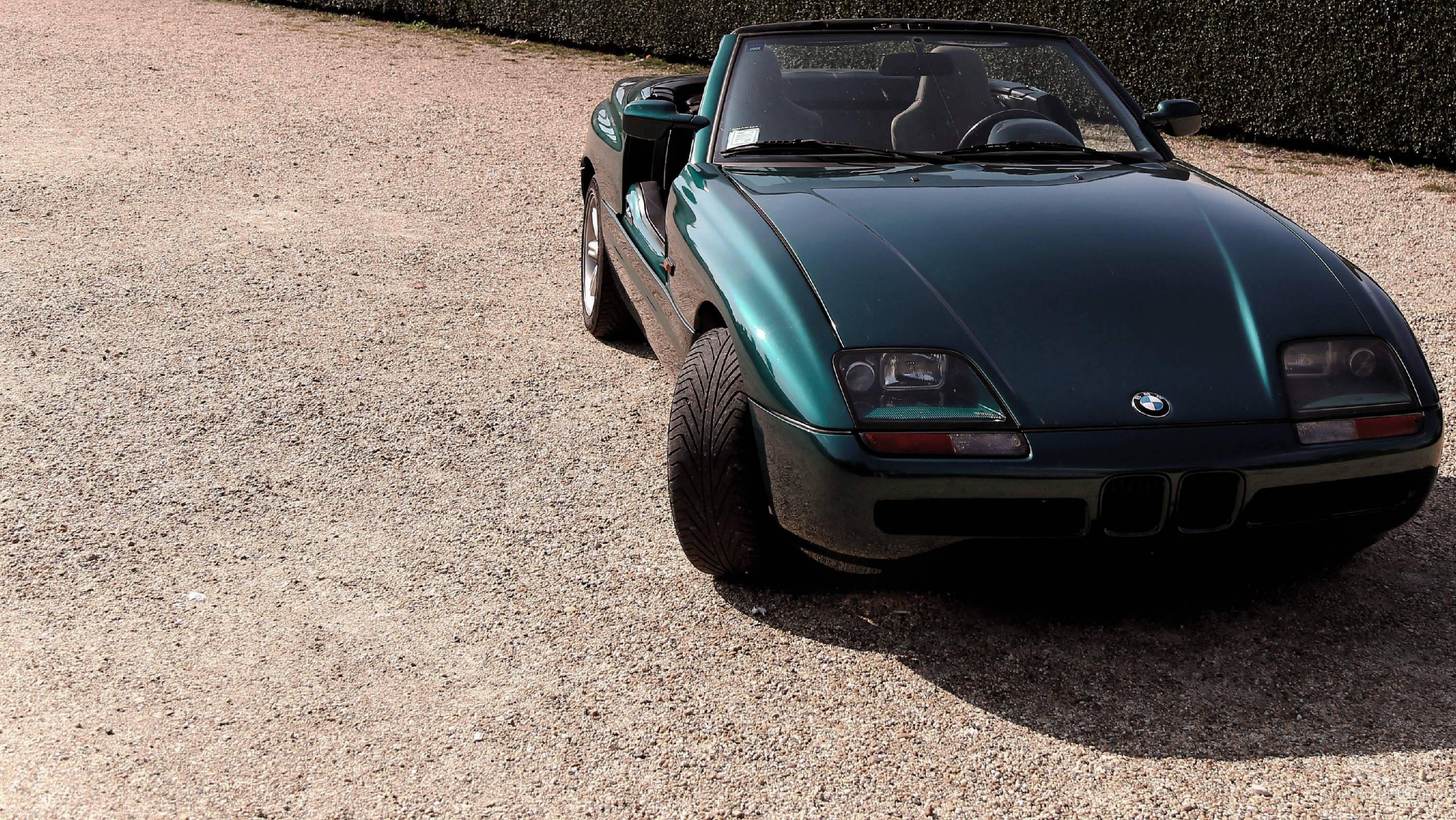 is the bmw z1 finally a sports car worth coveting petrolicious. Black Bedroom Furniture Sets. Home Design Ideas