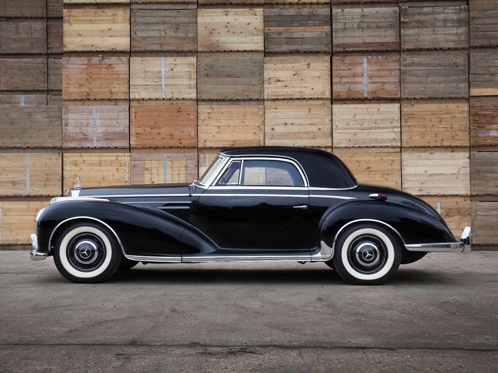 This mercedes benz 300 sc is old school luxury for for Mercedes benz 300s